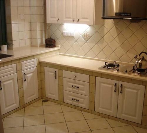 石英石台面橱柜的优点有哪些?