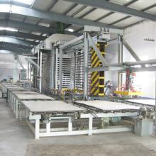青岛国森机械平压刨花木塑板成产线设备