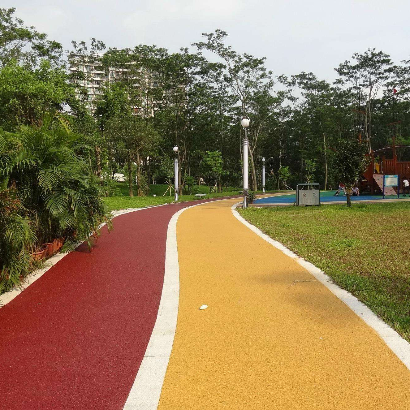 福建厦门彩色透水路面、透水混凝土地坪打造海绵彩色