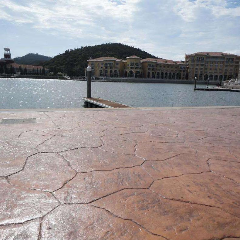 山东彩色压模混凝土地坪材料厂家  环保透水混凝土路面施工