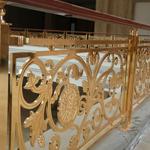 英德酒店别墅 圆形铜艺楼梯围栏美的视觉