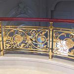 简约的雕花铜楼梯扶手护栏,简化我们的生活
