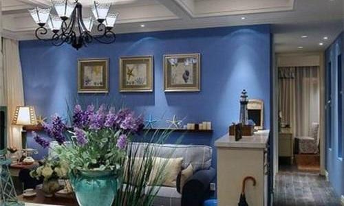 黄色适合搭配欧式风格的家具,能让客厅更加的高贵典雅.