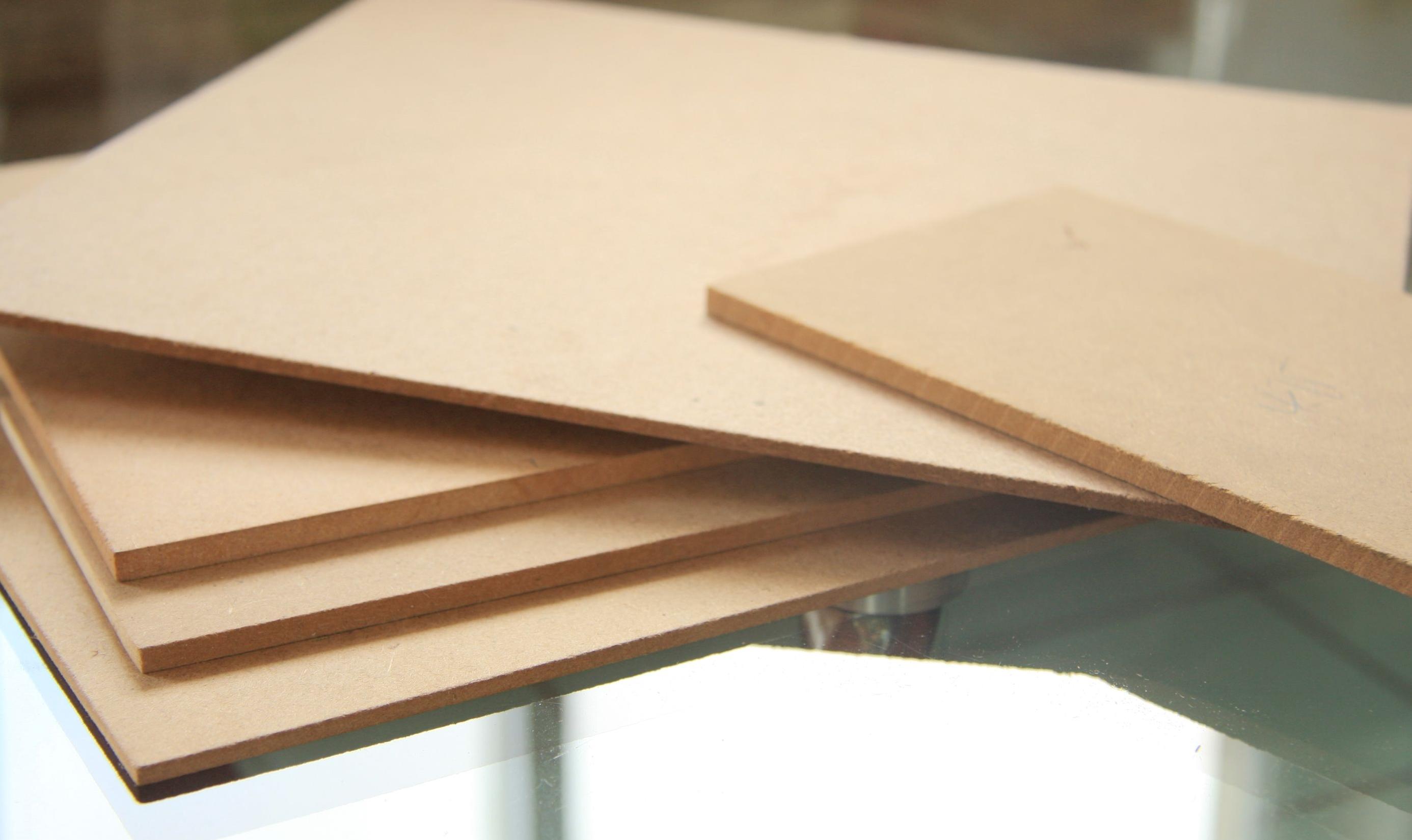 中纤板价格小幅上调 实木地板市场囤货积极