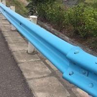 贵州格拉瑞斯厂家直销乡村公路防撞护栏板,镀锌喷塑波形护栏