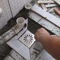 东振路马桶底座漏水维修一一拆装马桶-更换马桶洁具-浴缸疏通