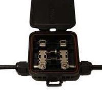 接线盒品牌瑞和祥型 号120909光伏板接线盒在屋顶上使用