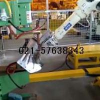 OTC机器人抓取工件点焊