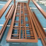 专业定做:仿木纹人工焊接铝窗花格厂家