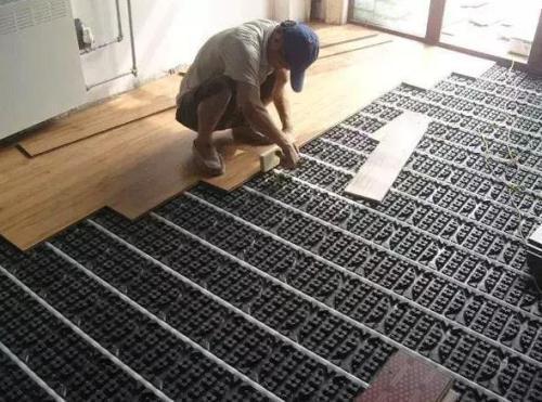 直铺实木地板后悔了 木地板怎么铺