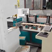 木工锯切机械数控带锯,数控弯锯机华洲实力厂家